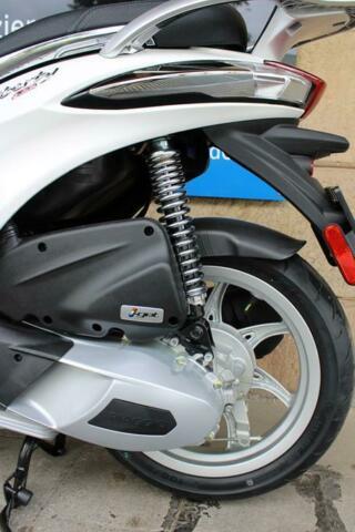 Detailfoto 9 - LIBERTY 125 ABS LIBERTY125