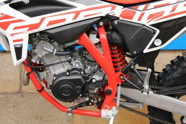 Detailfoto 7 - RR 4T 125 LC 2021 RR125