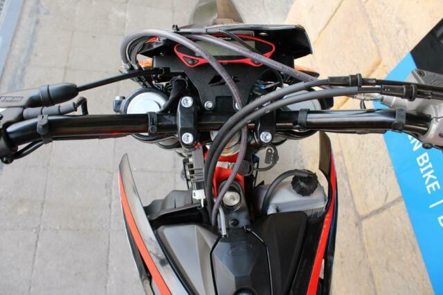Detailfoto 12 - RR 4T 125 LC MOTARD RR125 SPM SUPERMOTO